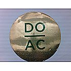 DO AC Round Magnet Gold Shimmer Background